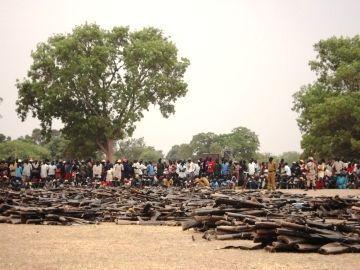 Arms retrieved during a 2007  disarmament campaign (ST)