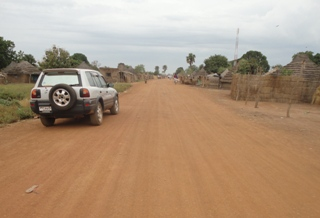 A newly constructed road in Aweil town, Northern Bahr el Ghazal, South Sudan (ST)