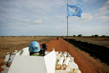 Zambian peacekeepers from the United Nations Mission in Sudan (UNMIS) patrol streets in Abyei 24 May 2011 - (file/ UN photo)
