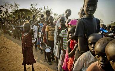 The AU said implementation of the ceasefire agreement was necessary to help improve the humanitarian situation for thousands of people displaced by fighting (Photo: UNHCR/F. Noy)
