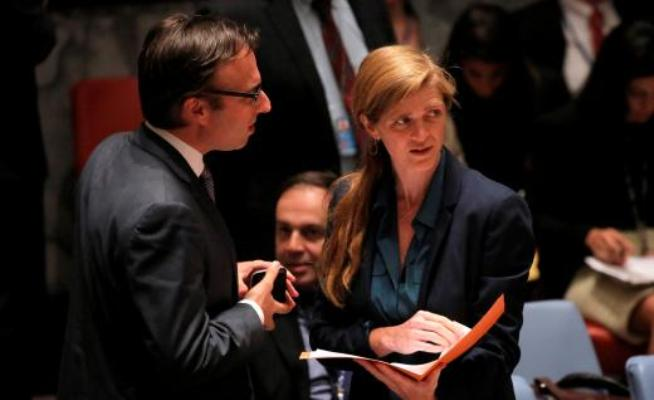 U.S. Ambassador to the United Nations Samantha Power (R) arrives before the UN Security Council voted to approve a resolution in South Sudan , New York, July 29, 2016. (Photo Reuters Andrew Kelly)